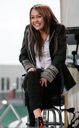 Cyrus Concert