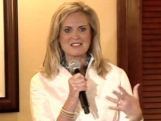 Watch: Ann Romney's Plane Forced to Land