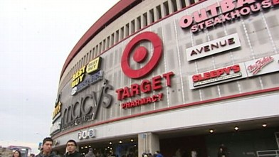VIDEO: Retailers are moving their big sales closer to Thanksgiving.
