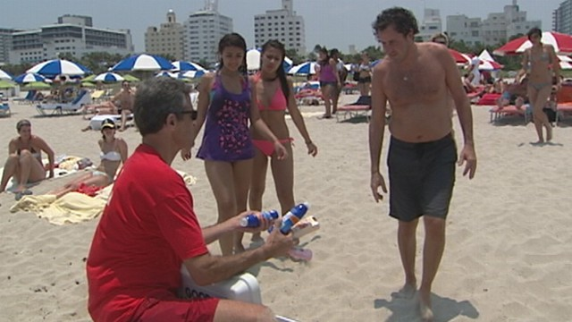 VIDEO: Dr. Richard Besser asks beach-goers what they know about staying safe in summer.