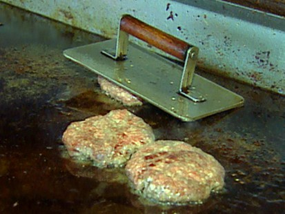 VIDEO: E. Coli outbreak in ground beef.