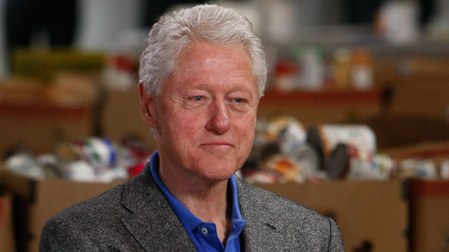 PHOTO Bill Clinton