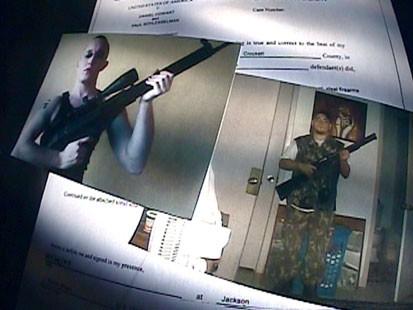 An image with a picture of both of the men involved in the plot to kill Barack Obama.