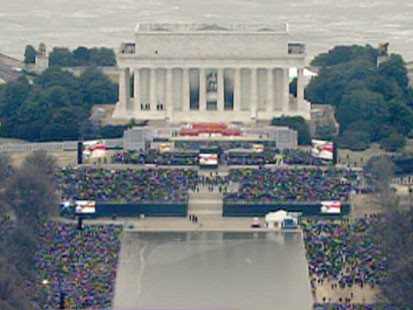VIDEO: People gathered near the Lincoln Memorial.