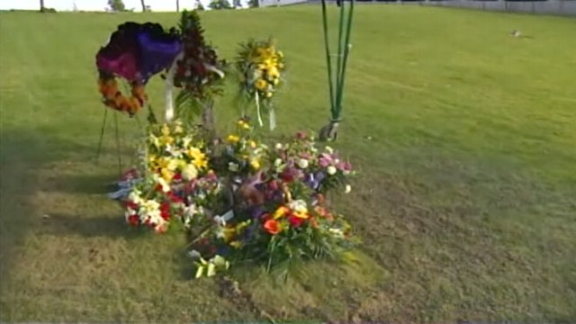 VIDEO: Police Fight Josh Powell Burial Location