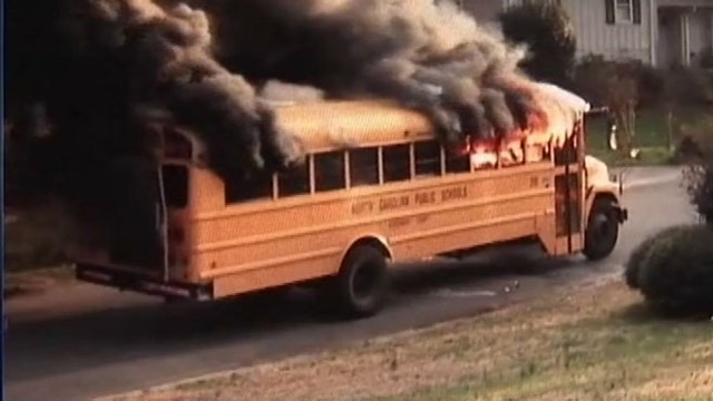 VIDEO: Woman hailed for quick-thinking after removing kids from bus after seeing smoke.