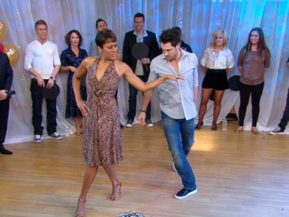 VIDEO: After training for one day with DWTS, Robin Roberts debuts her dance.