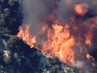 VIDEO: Thousands of homes are threatened in spreading California wildfire.
