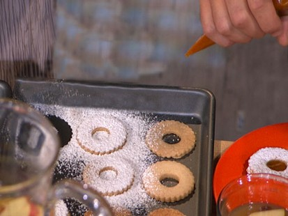 Carla Hall's Pumpkin Spice Linzer Cookies | Recipe - ABC News