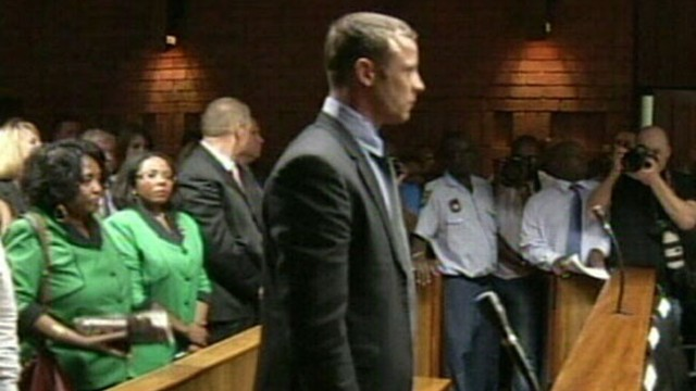 Video: Do Leaked Photos Prove Pistorius Crime Scene Was Tainted?