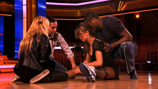VIDEO: Karina Smirnoff Gets Hurt on Dancing With the Stars