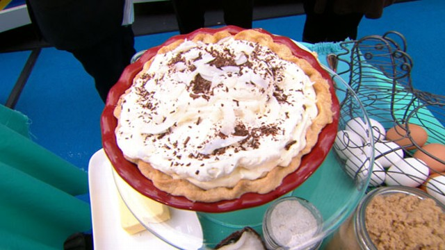 "VIDEO: America chose its favorite pie recipe in chefs ""Pie in Emerils Eye"" contest."