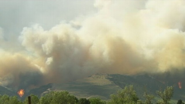 COLO. WILDFIRE SENDS RESIDENTS TO SHELTERS