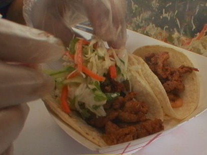 VIDEO: Chefs Serve Up Delicious Eats From Food Carts