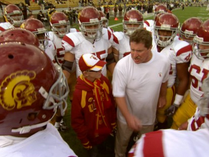 VIDEO: After losing his sight to cancer treatment, Jake Olson inspires USCs Trojans.