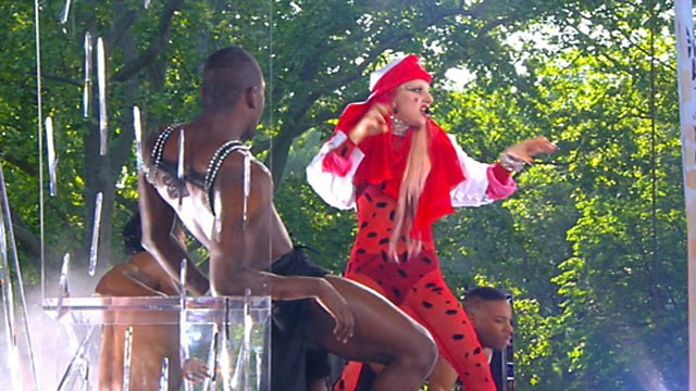 "PHOTO: Lady Gaga kicks off ""GMA"" Summer Concert Series, May 27, 2011."