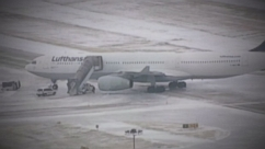 VIDEO: Ice Storms Delay Flights at Dallas Airport