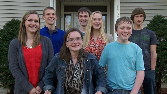VIDEO: The McCaughey family celebrates the seven kids 16th birthday.