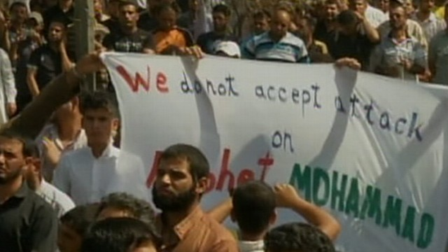 VIDEO: Protestors pour into the stre