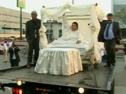 A picture of the heaviest man in the world on his wedding day.