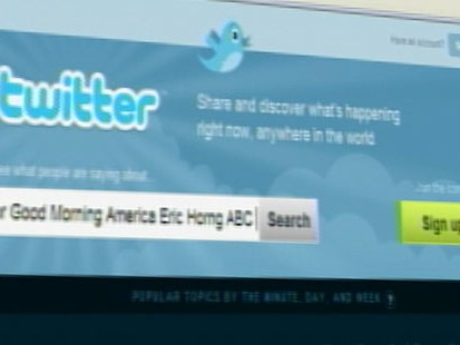 VIDEO: Chicago real estate company sues woman who left negative comment on Twitter.