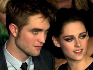 Watch: Are Kristen Stewart and Robert Pattinson Back Together?