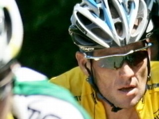Watch: Lance Armstrong Ends Doping Fight, Loses Medals