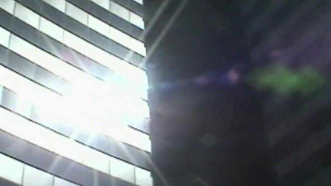 VIDEO: Vdara's energy-efficient windows turn the sun's rays into laserlike beams.