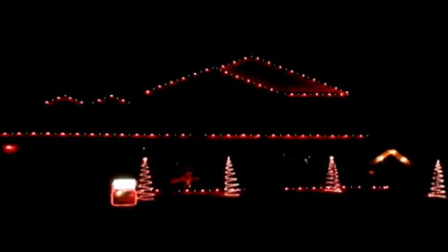 VIDEO: Check out these animated lights from the Hight family of Surprise, Ariz!