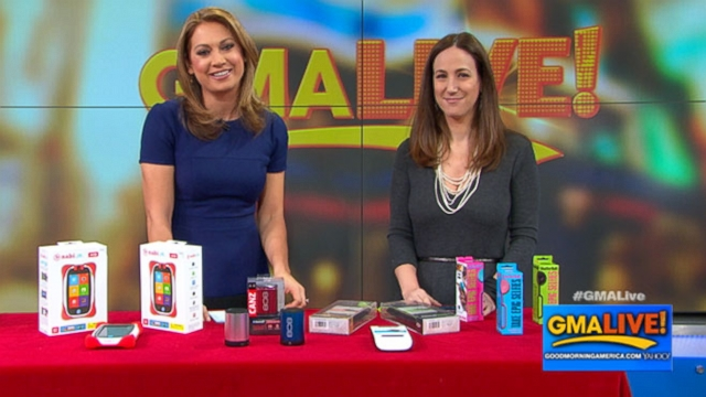 VIDEO: 5 Holiday Tech Gift Ideas for Everyone on Your List