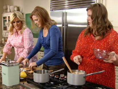 Trisha Yearwood's Lizzie's Chicken and Dumplings