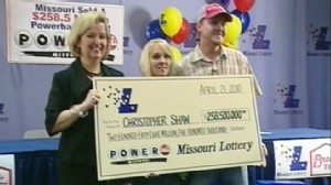 VIDEO: Powerball winner is a 28-year-old who had less than 30 to his name.