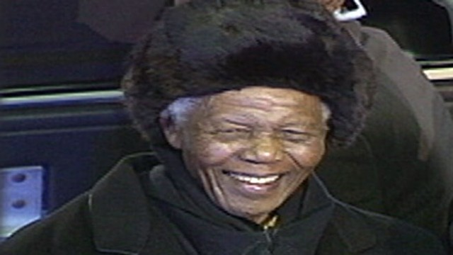 VIDEO: Former South African president taken to the hospital with a stomach ailment.