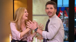 "VIDEO: Eric Bana and Leslie Mann play a husband and wife in ""Funny People."""