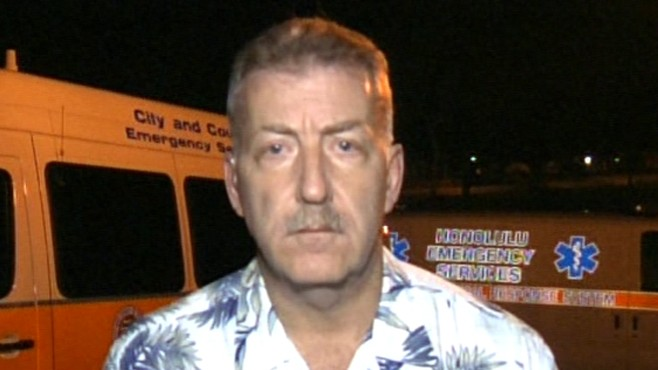 VIDEO: Honolulu Mayor Peter Carlisle aims for an orderly evacuation.