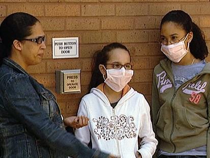VIDEO: Schools across the U.S. cancel classes as fear over flus threat spreads.