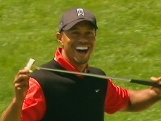 Watch: Tiger Woods Regains Top Golfer Status