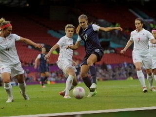 Watch: US Women's Soccer Team Advances to Gold Medal Match