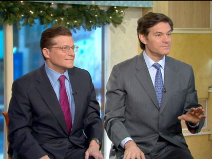 A picture of Drs. Mehmet Oz and Michael Roizen.
