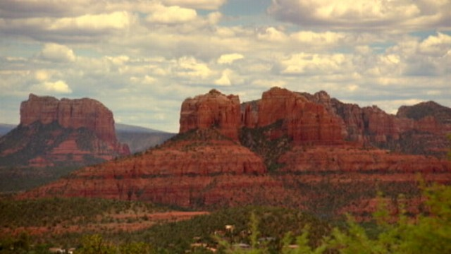 "VIDEO: ""GMA's"" Sam Champion explores Sedona, Ariz. and Aspen, Colo."