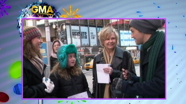 "VIDEO: ""GMA"" sees whether viewers remember the lyrics to classic New Years song."