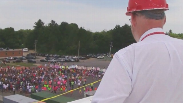 VIDEO: Flash Mob Surprises Principal