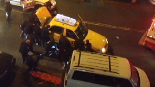 VIDEO: New York City Police Lift Taxi Off Man