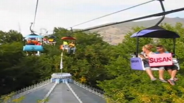 VIDEO: Couple rides Lagoon?s Sky Ride as signs pass in opposite direction popping the question.