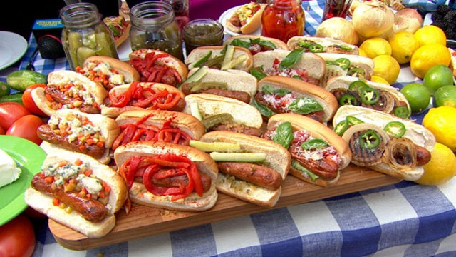 Video: Rachael Rays Unique Toppings for Summer Hot Dogs