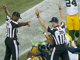 Watch: 'Monday Night Football' Blown Call: NFL Refs Back to Negotiating?