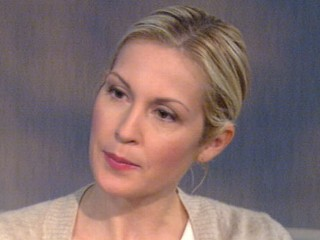 Watch: Kelly Rutherford Discusses International Custody Case