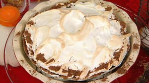 chocolate custard meringue pie