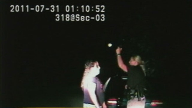 VIDEO:Utah police officer Lisa Steed is accused of arresting drivers despite passing sobriety tests.