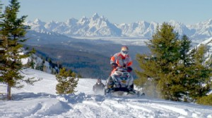 VIDEO: Snowmobiling adventurers lead a wild ride through Wyoming?s snowy backcountry.